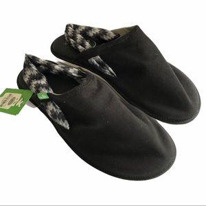Sanuk yoga slung sandals